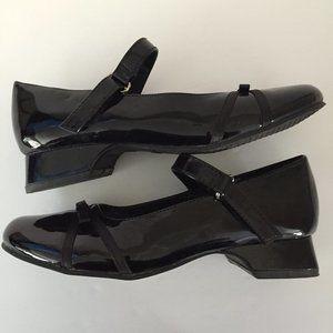 Black Patent/Bow Dress Shoes Size 2 1/2